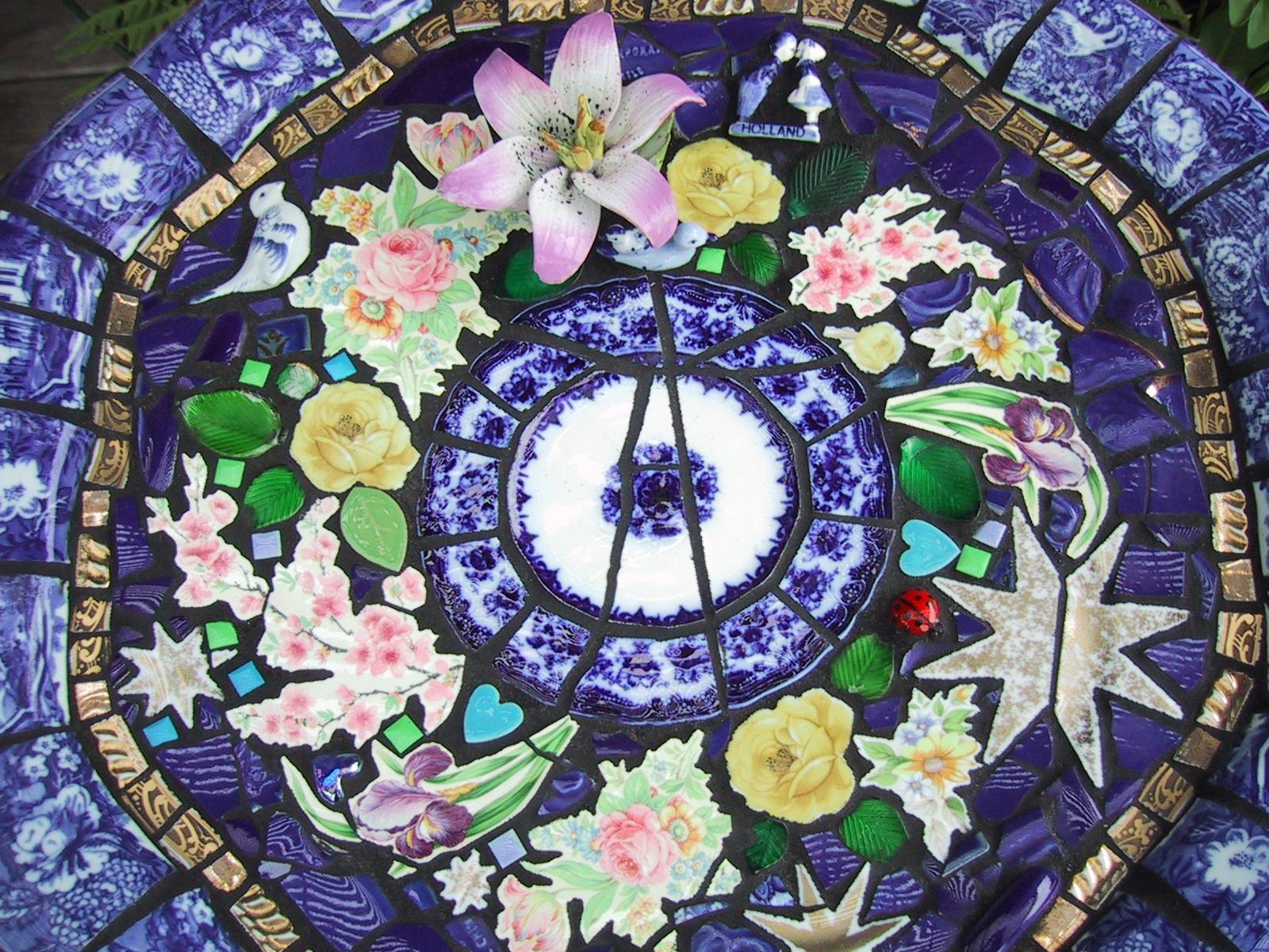 Mosaic Garden Art Mosaic Garden Art ...